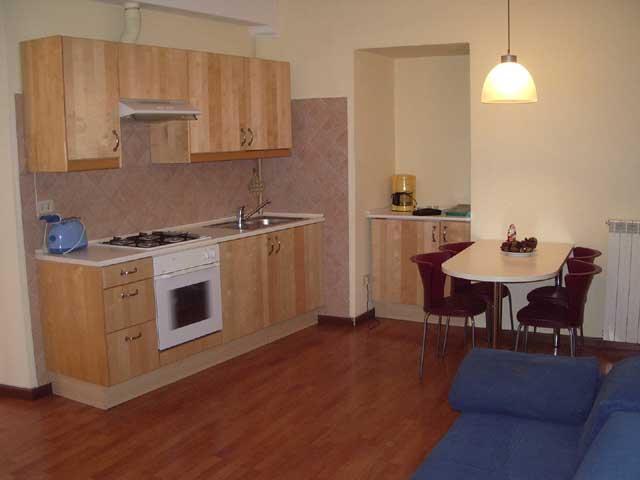 haus privat wohnung comer see italien ferienwohnungen ferienhauser zu vermieten urlaub. Black Bedroom Furniture Sets. Home Design Ideas